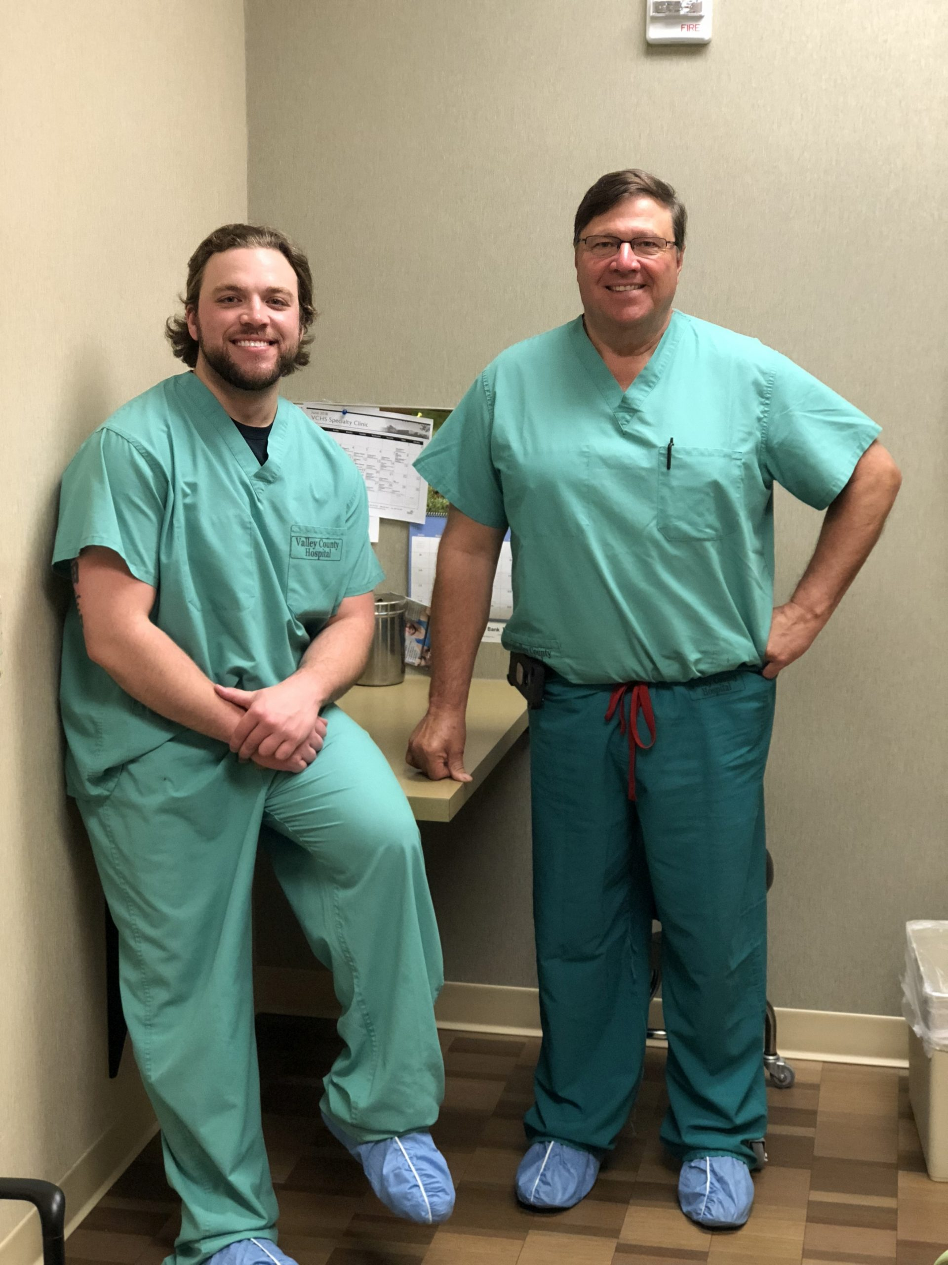 VCHS Celebrates 100th Knee Replacement Surgery.