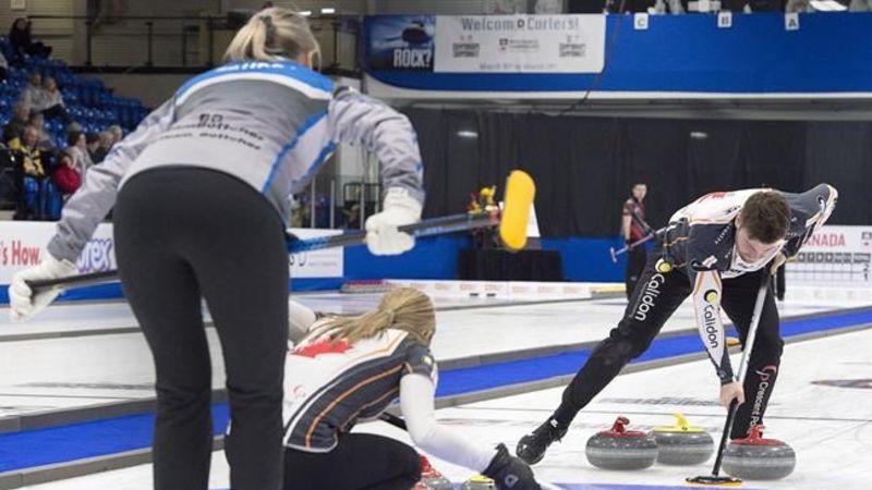 Sauder and Bottcher reach quarterfinals at Canadian mixed ...