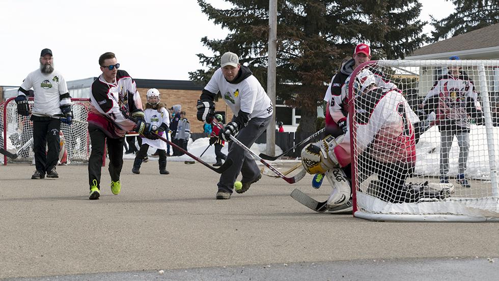 Street Hockey Tournament Raises Money For Stars Sasknow