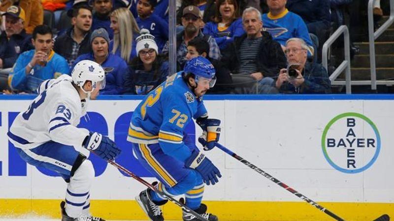 Matthews, Hyman score 2 each as Leafs handle Blues