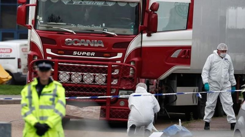 Essex lorry deaths: Maurice Robinson pleads guilty to 39 counts of manslaughter