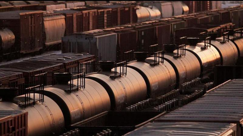 Energy minister announces more oil by rail availability