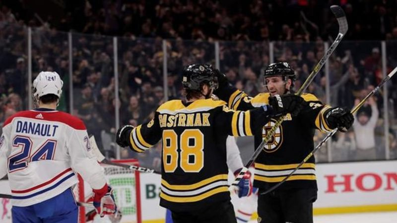 Pastrnak gets another hat trick, Bruins beat Canadiens 4-1