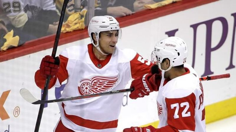 Red Wings trade veteran D Green to Oilers