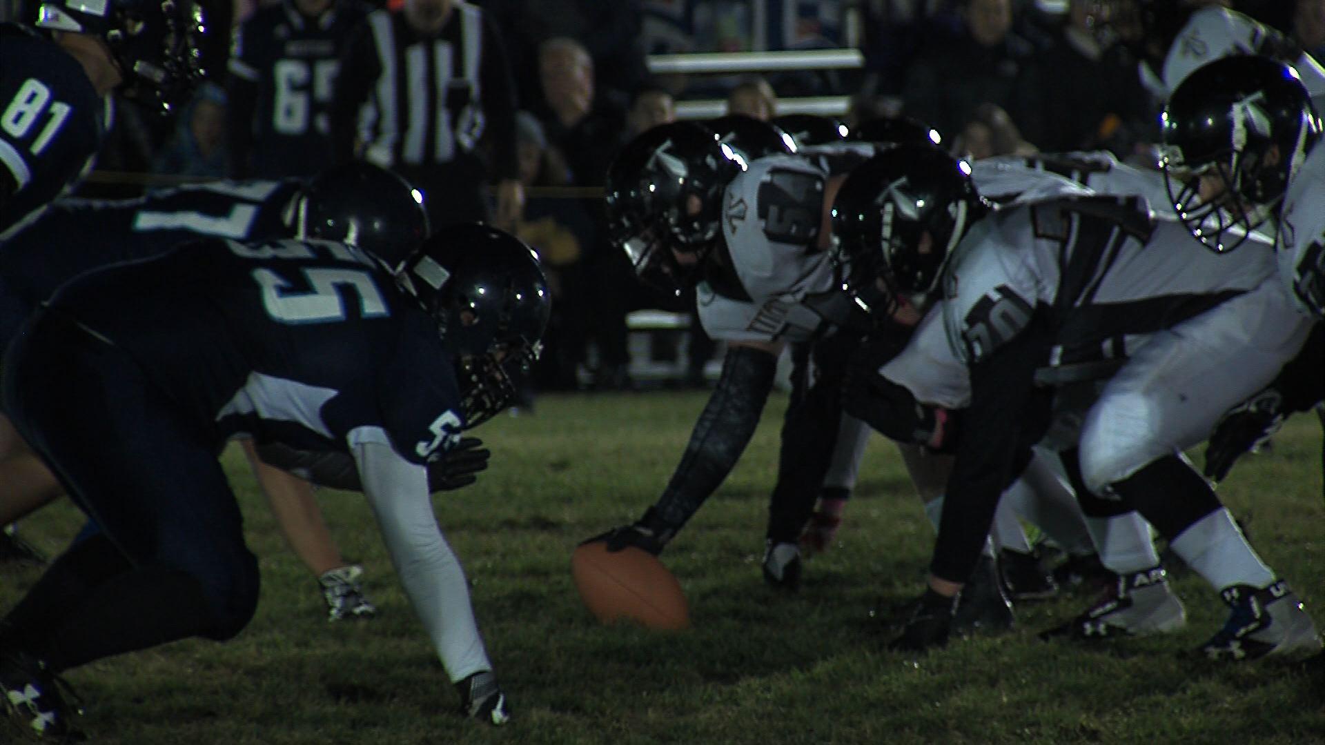 Friday Night Lights Keeps Kamloops High School Football