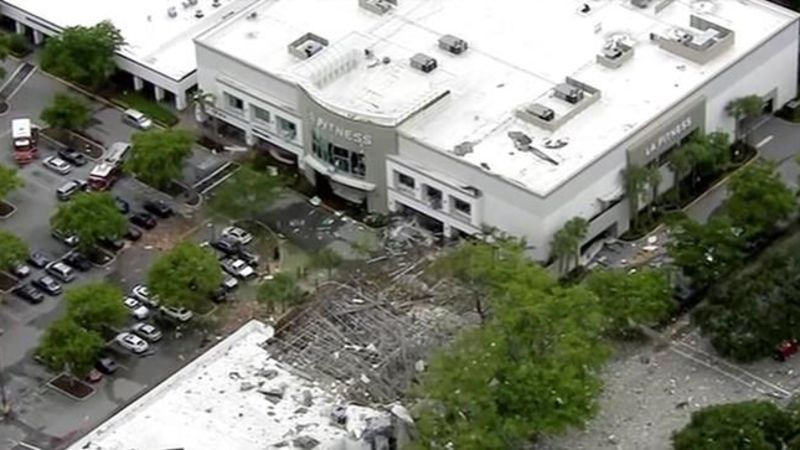 Authorities investigate explosion at Florida shopping ...