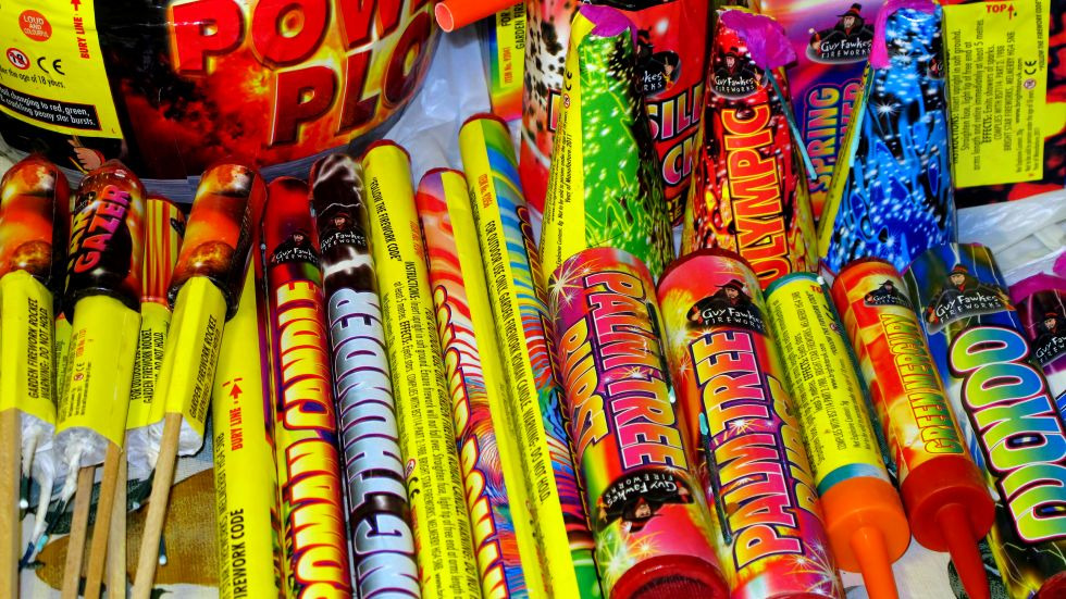 Council tables bylaw to outlaw fireworks | CHAT News Today