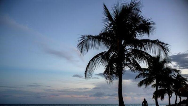Northern Bahamas Hunkers Down As Hurricane Dorian Closes In