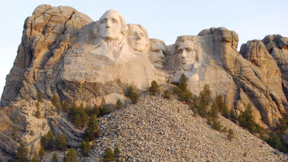 Tribal chairman wants to remove Mount Rushmore National Memorial