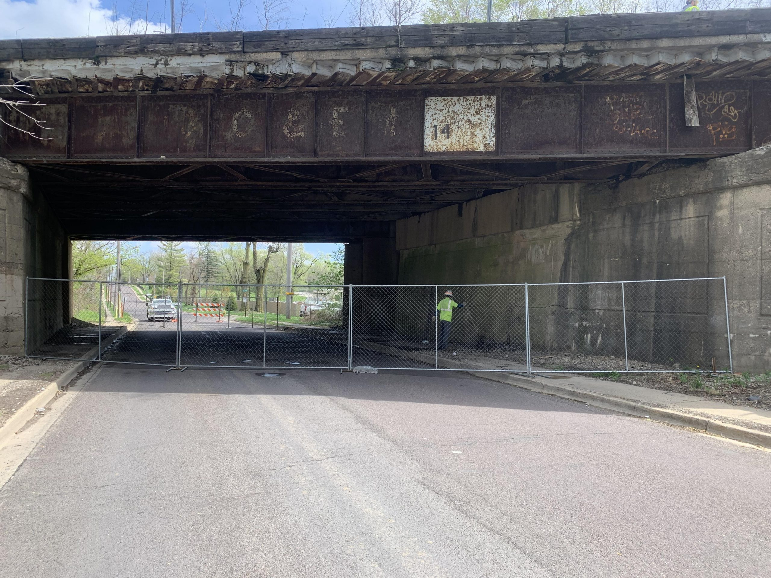 City Closes Seminary Street Viaduct