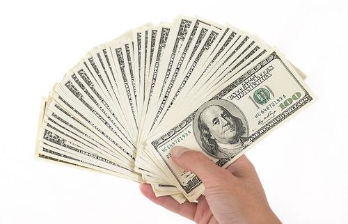 Lawmaker Pushes For 15-Dollar Illinois Minimum Wage