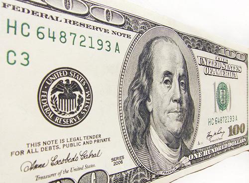 Lawmakers looking at raising minimum wage