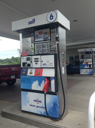 Illinois Gas Prices Higher Over Last Year