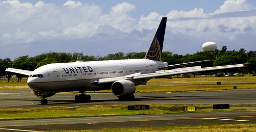 CEO Ramps Up United Apology