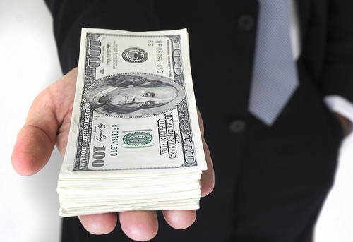 Lawmakers Vote To Raise Minimum Wage To 15 Dollars