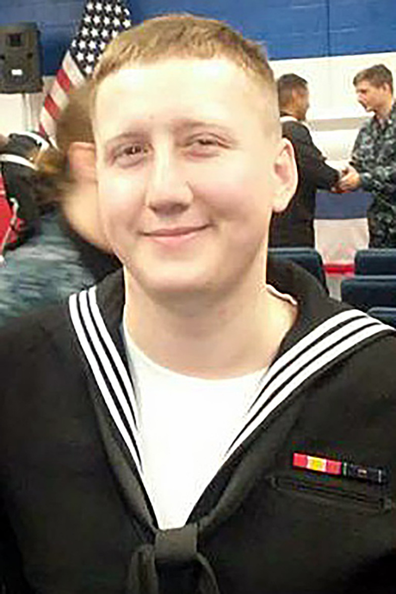 Admiral Apologizes For How Central Illinois Sailor's Death Was Handled