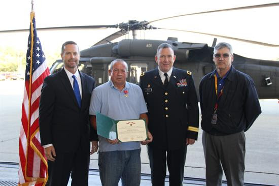 Davis Presents Local Vietnam Veteran with Bronze Star
