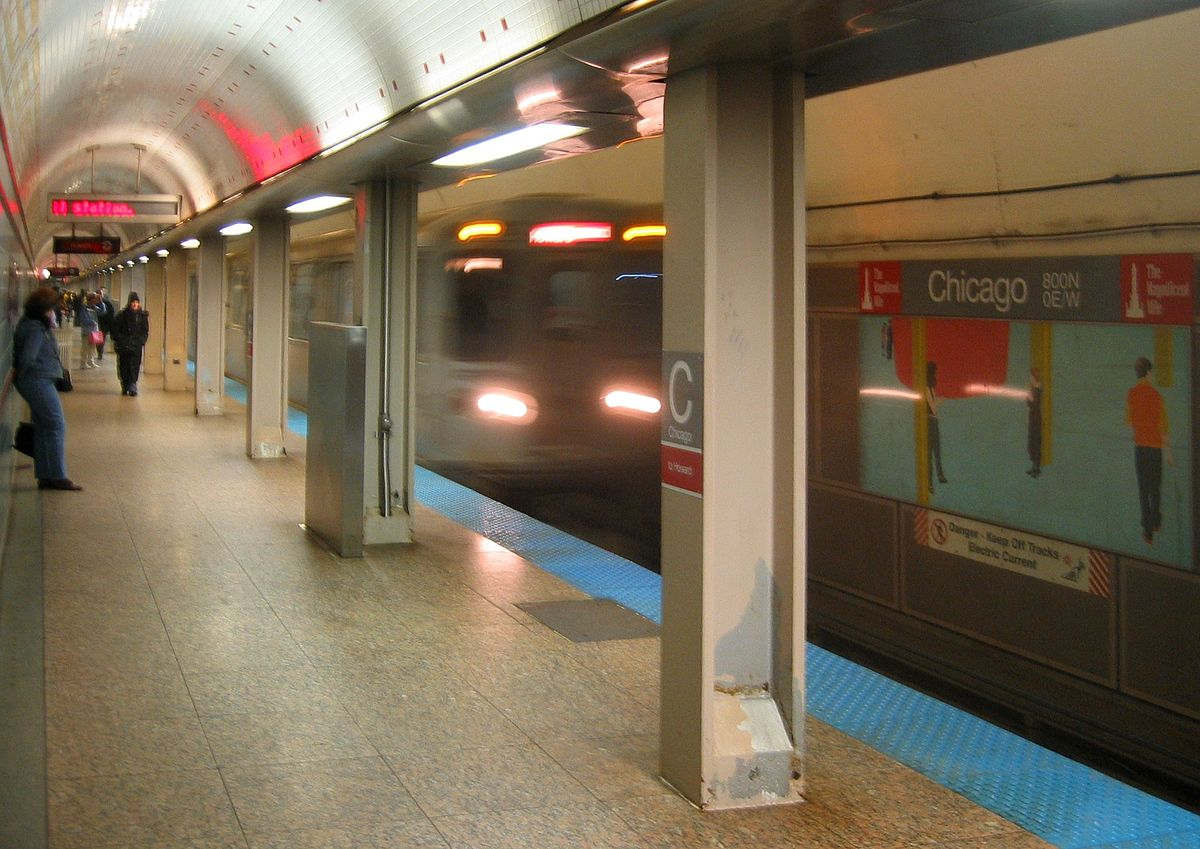 Woman Gives Birth To Twin At CTA's Roosevelt Street Station