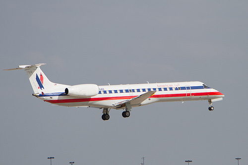 American Eagle Jet From Peoria to Dallas Makes Emergency Landing