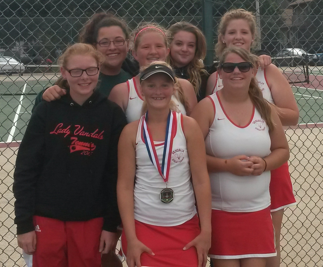 Hannah Blythe wins singles competition at Centralia Tournament