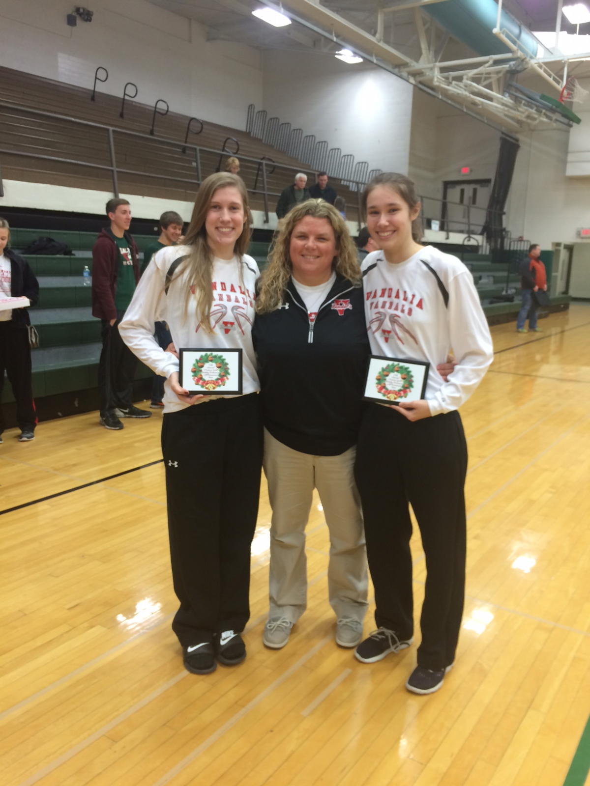 Lady Vandals place 2 on All Tournament Team at Mattoon