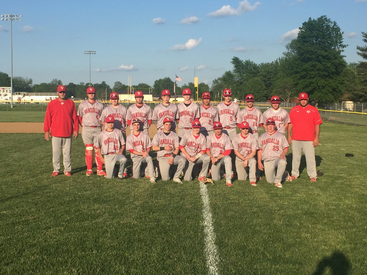 Vandals baseball beats Gillespie, wins SCC Title