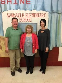 VES Principal Receives Award