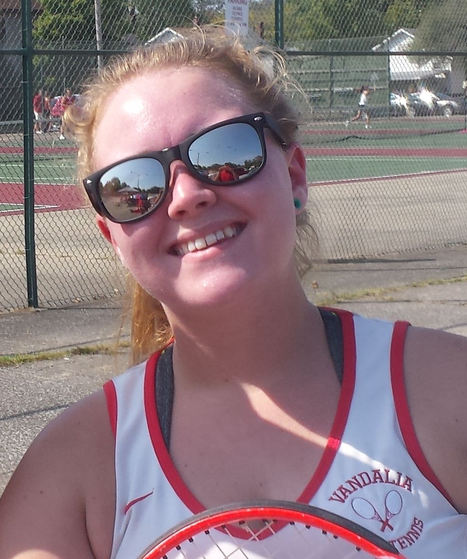Lady Vandals tennis falls to Hillsboro on Senior Day for Alexis Beckman