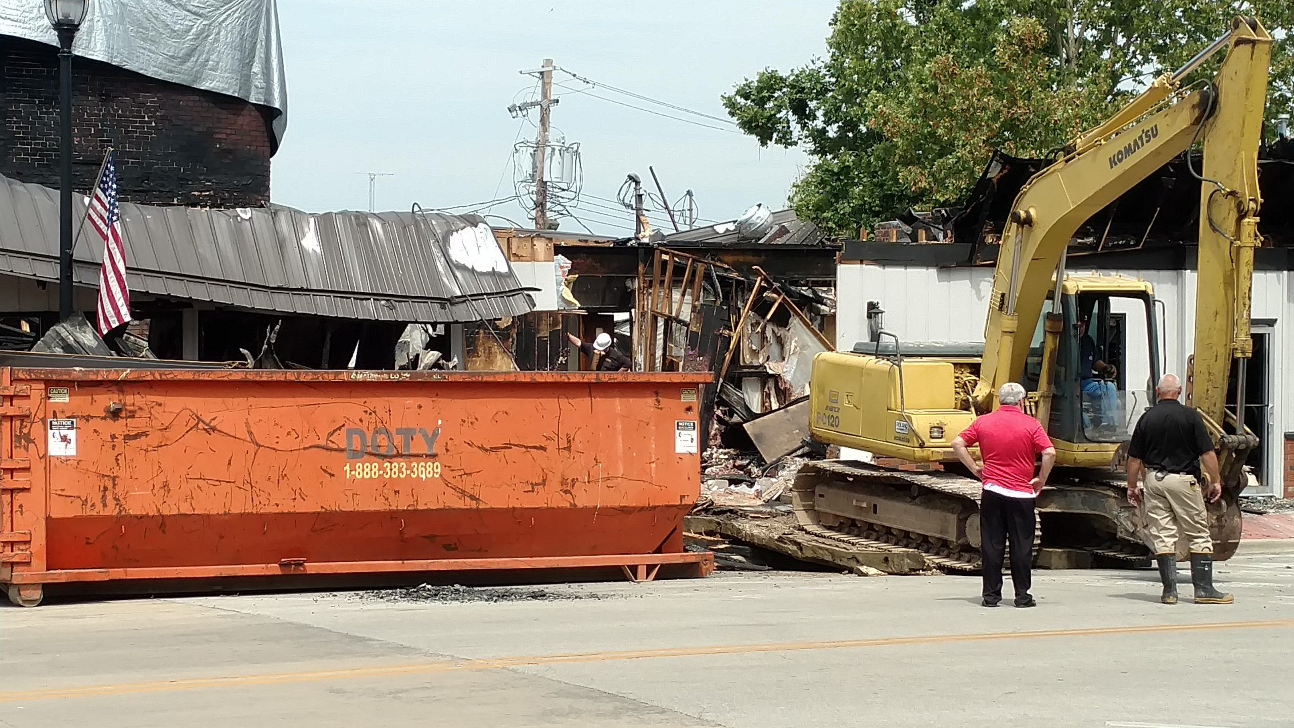 Vandalia Mayor Gottman talks about downtown fire---some clean up underway today