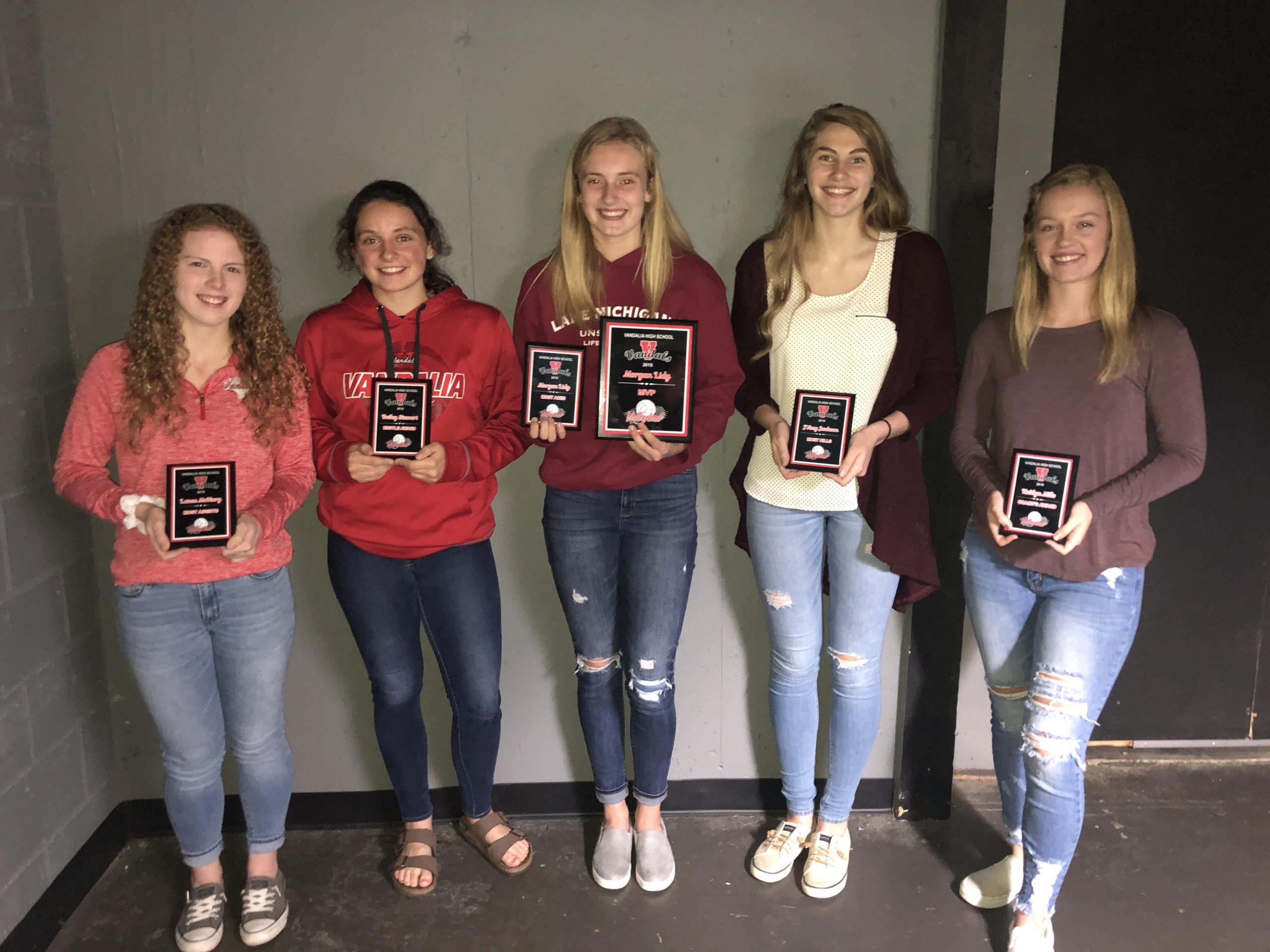 Lady Vandals volleyball hand out awards at end of season banquet