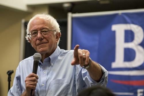 Bernie Sanders Holding Rally In Illinois