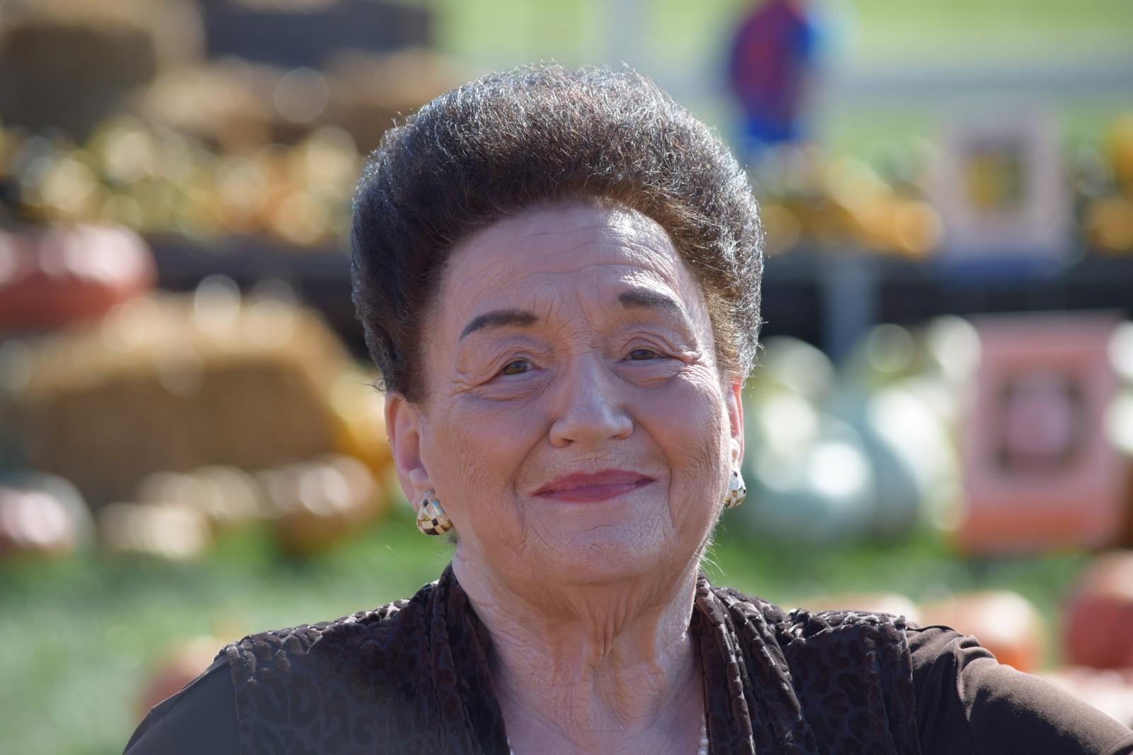 Betty R Gaston