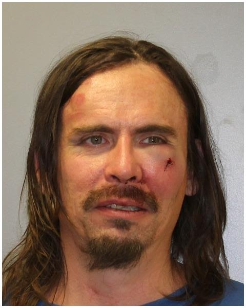 Early morning incident leads to arrest of Mattoon man