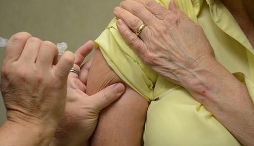 Governor Rauner Encourages Flu Shots
