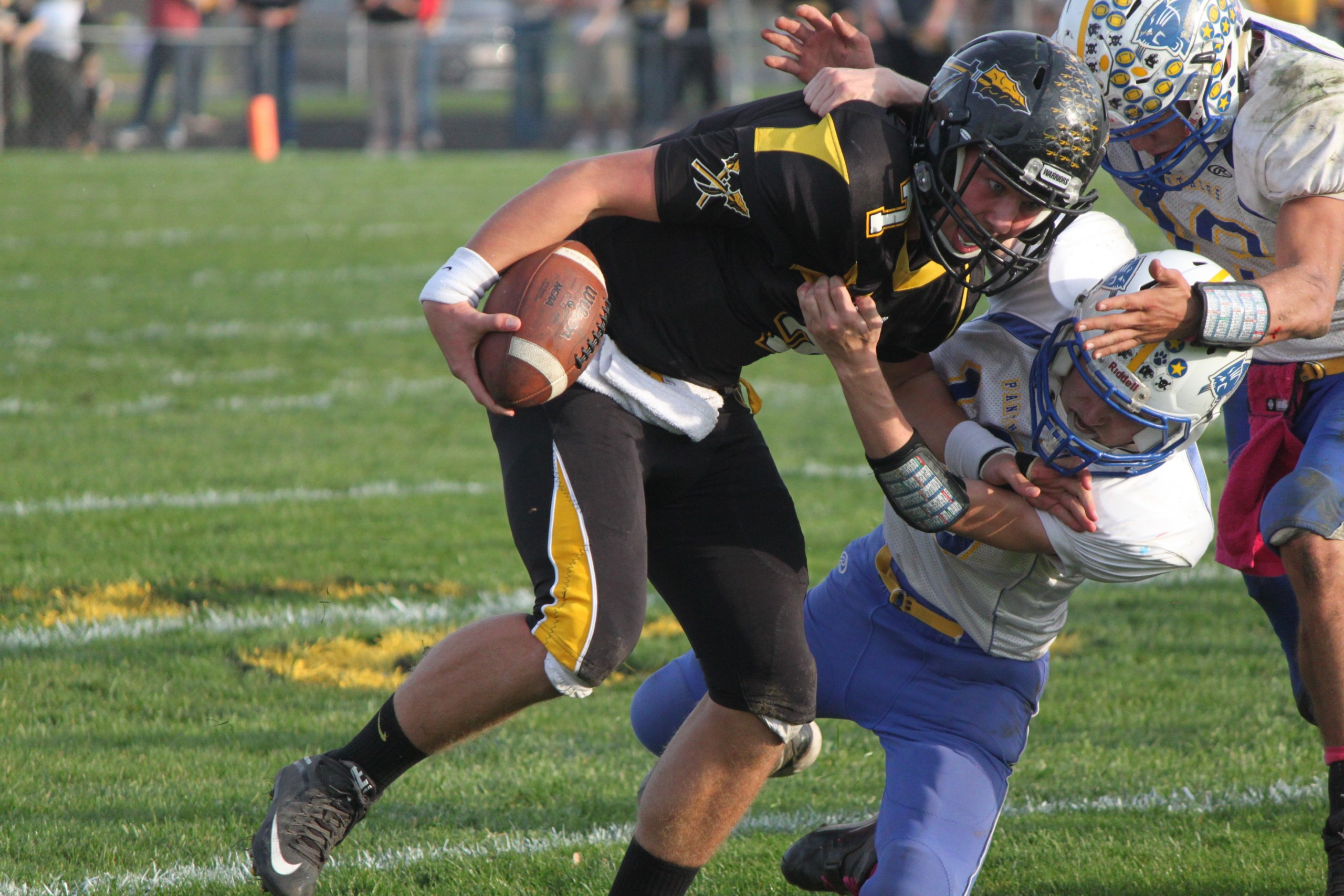 Tuscola opens the playoff season with a home game win against Oblong