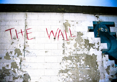 The Wall Opera Opens In Montreal