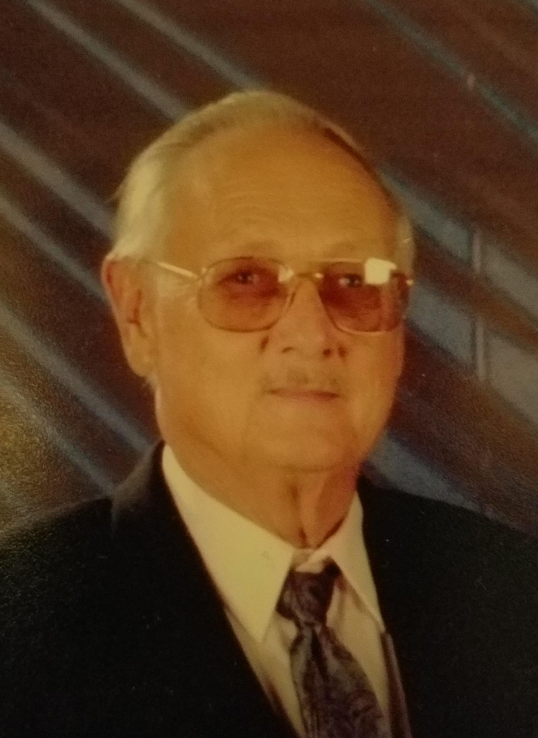 Donald Eugene Muhs