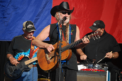 Willie Nelson Rushed To SLC Hospital With Breathing Issues
