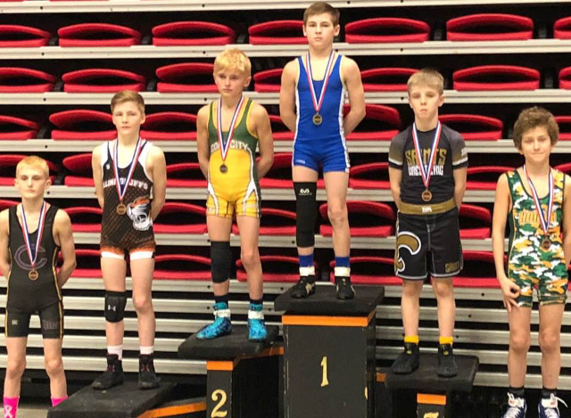 Mattoon Middle School Wrestler Wins at State