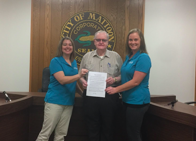 Mattoon Mayor Tim Gover Issues Proclamation for National Health Center Week to SIHF Healthcare