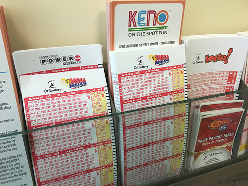Huge Jackpots Drive Record Illinois Lotto Sales
