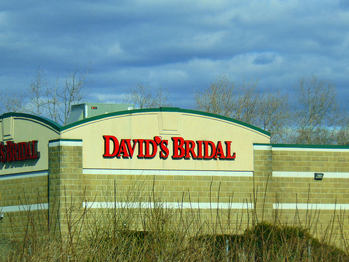 David's Bridal Files For Chapter 11