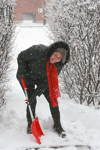 Prairie Heart Institute at HSHS St. Anthony's Memorial Hospital Stresses Snow Shoveling Safety