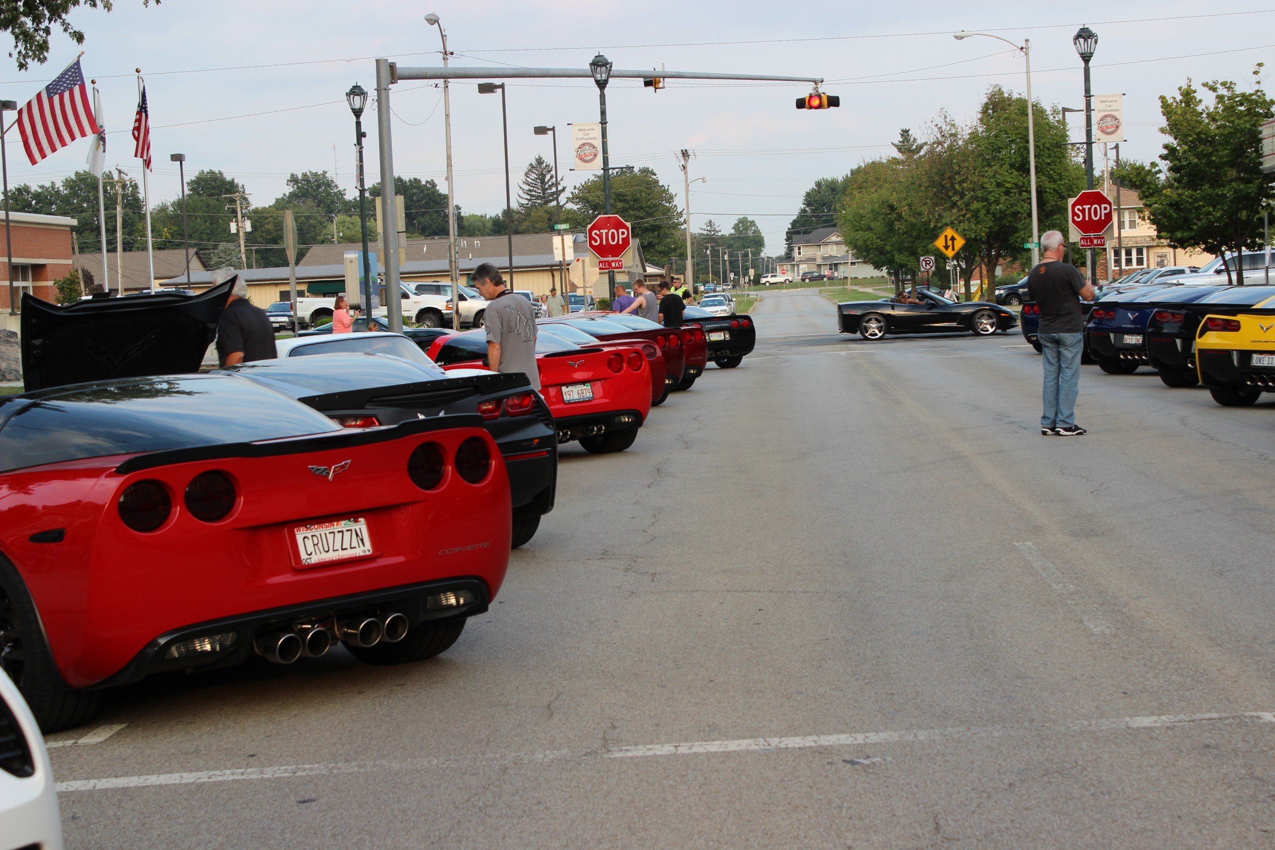Corvettes Welcomed in Downtown Welcome Party