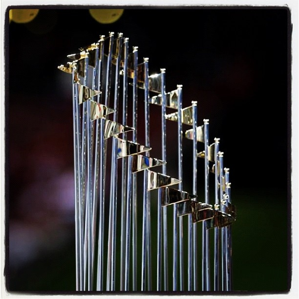 98.9 The Game is Your Home for the World Series