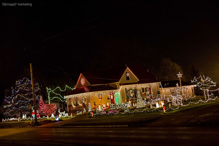 Holiday Lights & Festive Sights Voting is Active