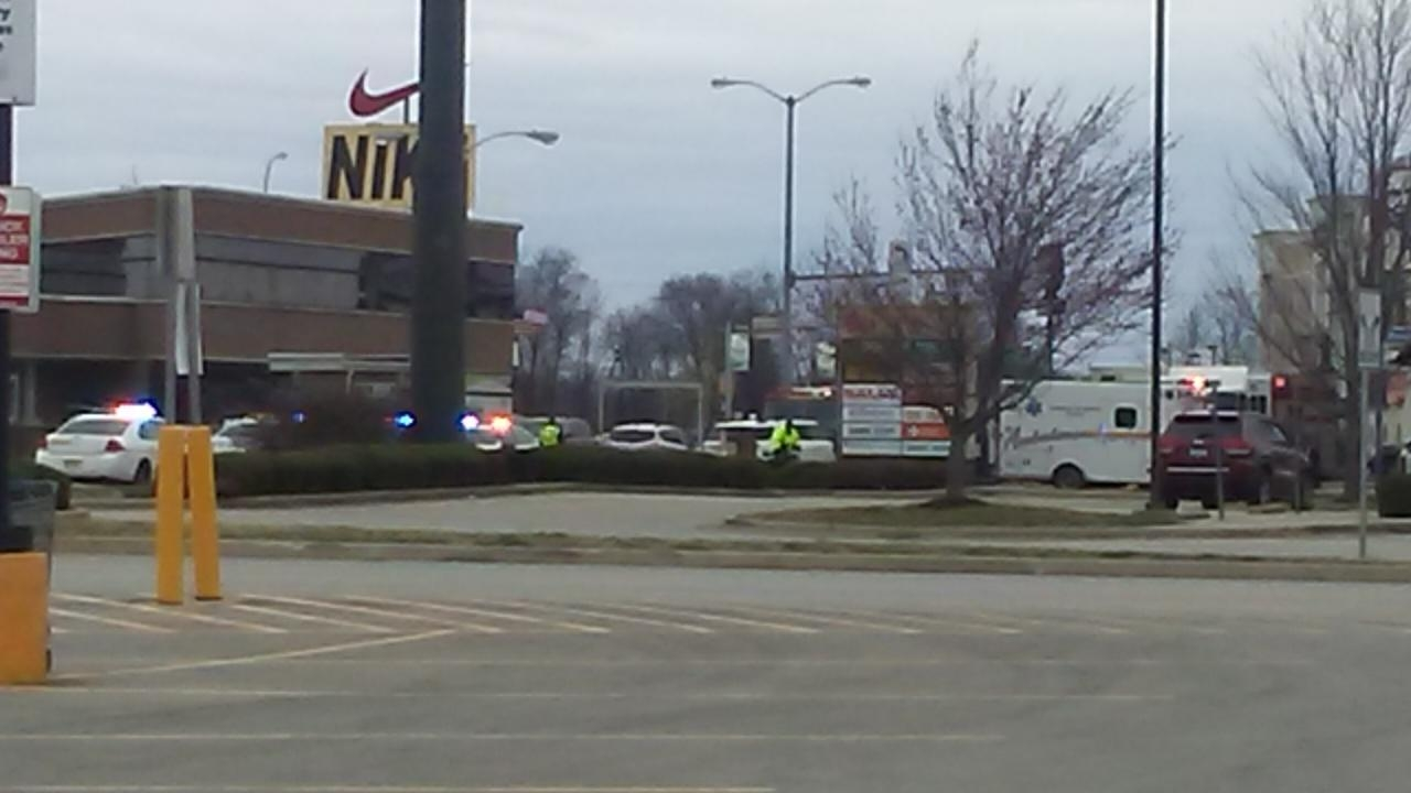 Accident on Avenue of Mid-America