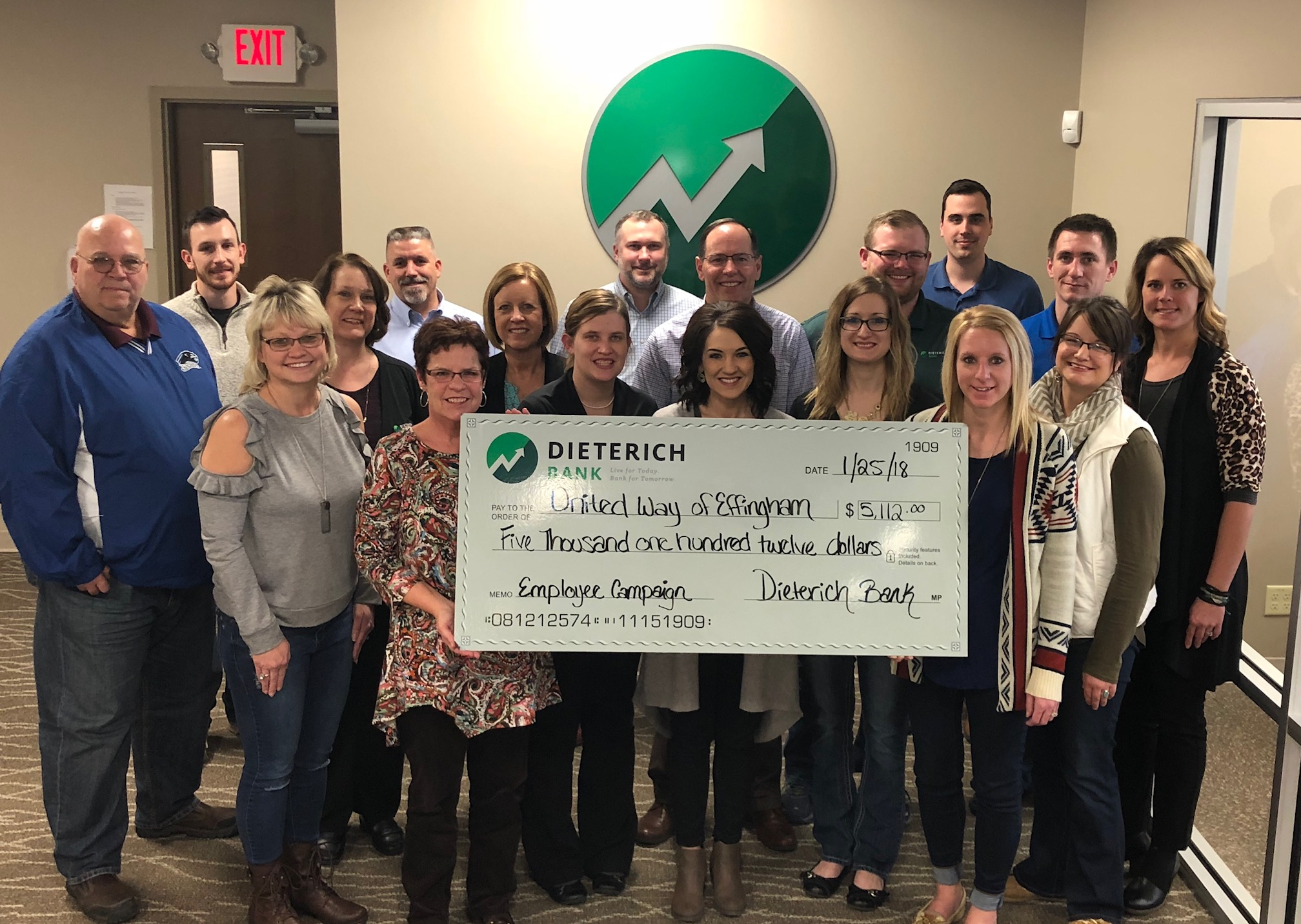 Dieterich Bank Cashes in for United Way