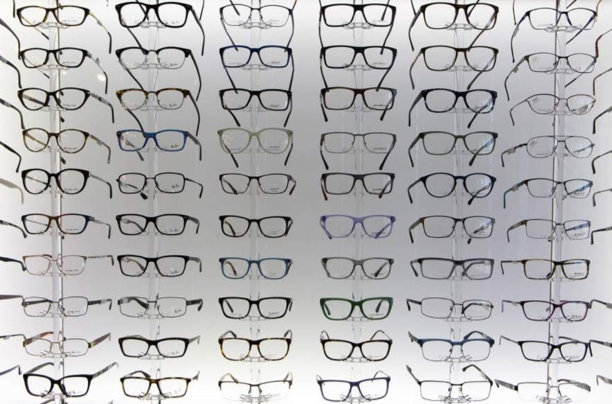 BBB Tips for Buying Glasses & Contact Lenses