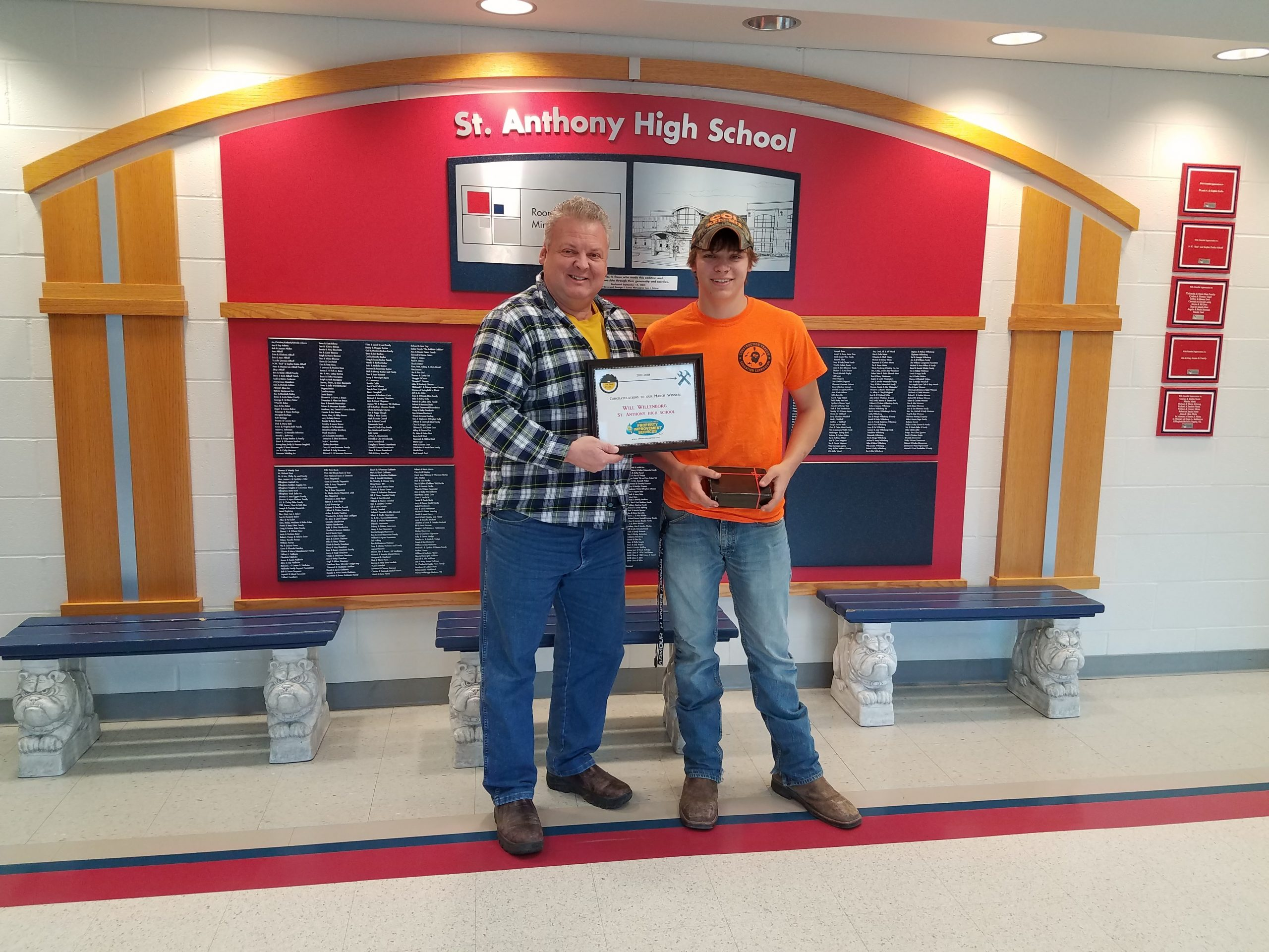 St. Anthony High School Student Receives Top Shop Award